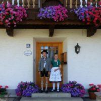Bild Woidhauserhof Kinder vorm Haus